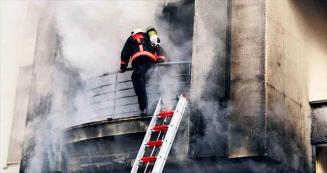 Depodaki yangın paniğe yol açtı