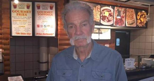 Kuran-ı Kerim yakan Papaz fast food restoranı açtı
