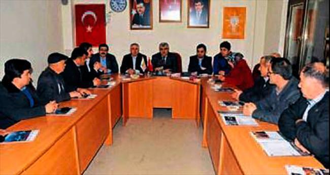 Bucak'ta belediye muhtar buluşması