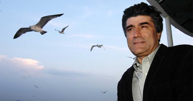 Hrant için başını kuma gömenler