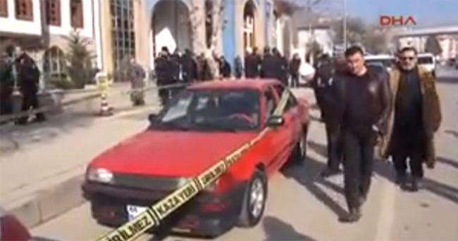 Adliye Önünde Silahlı Kavga: 1'i Polis, 4 Yaralı