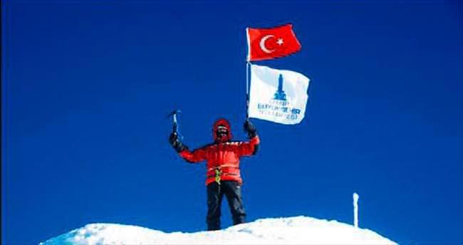 İzmir'in adını zirveye taşıdı