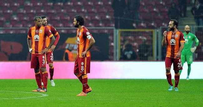 Galatasaray'da savunma alarmı