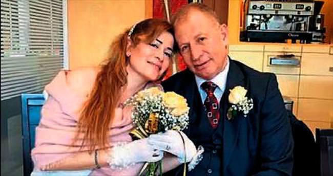 Hüseyin Aslan Paris'te evlendi