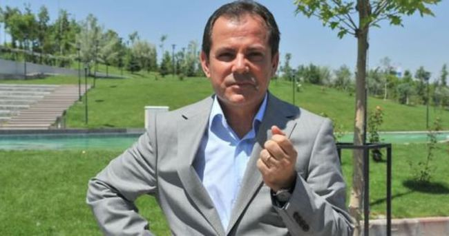 CHP'den istifa etti, Merkez Parti'ye geçiyor