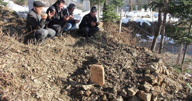 15 yıldır küs olan abi kardeş 5 saat arayla öldü