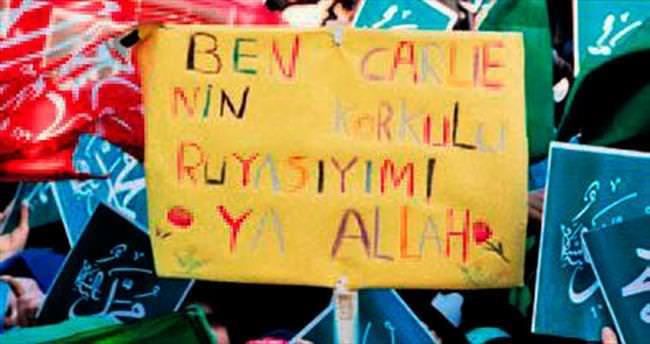 Diyarbakır'da 50 bin kişiyle Charlie Hebdo protestosu