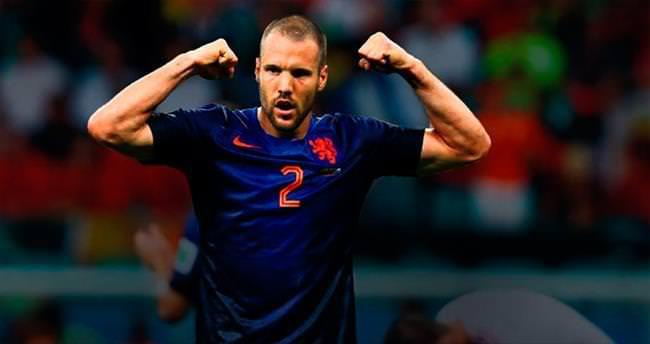 Vlaar'ın kefili Sneijder
