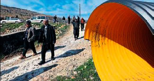 Boru hattı döşeniyor köylüler kurtuluyor