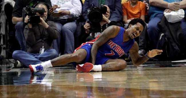 Pistonslı Jennings sezonu kapattı