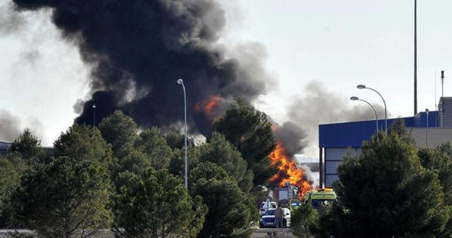 İspanya'da bir askeri üste Yunan F-16 uçağı düştü
