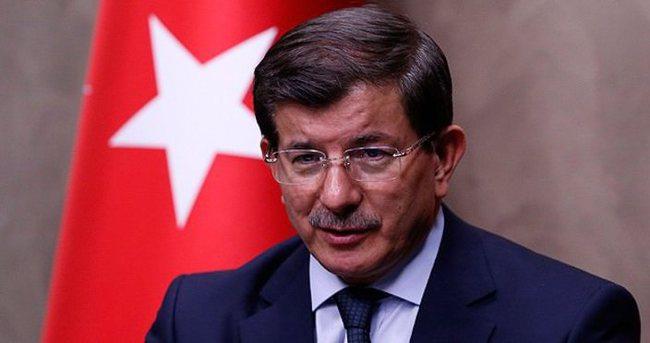 Başbakan Davutoğlu Çipras'ı tebrik etti