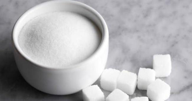 Çay tek şekerle içilecek, tuzluk kalkacak