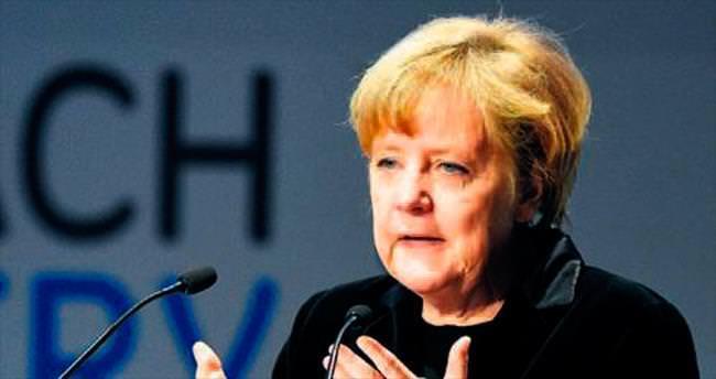 Merkel 48 saat sonra kutladı