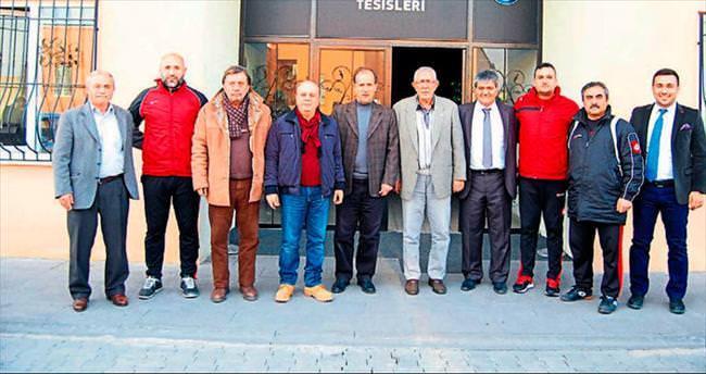 TÜFAD'dan kentin iki takımına ziyaret