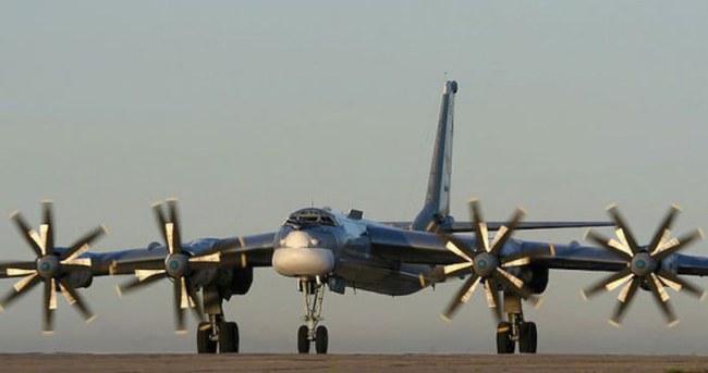 Rus bombardıman uçakları İngiltere semalarında