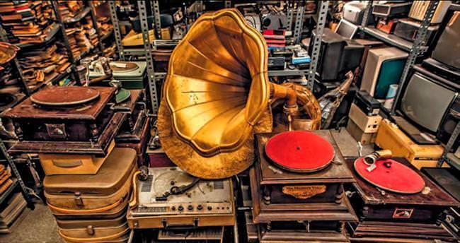 Şehir Tiyatroları'nın 100 yıllık kalbine girdik