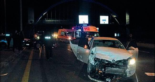 Kepekli kavşağındaki kazada 3 kişi yaralandı