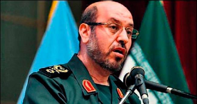 Savunma Bakanı: Obama klon