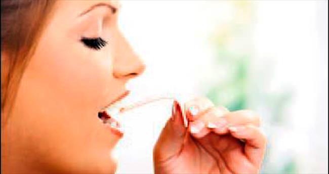 Sakız çiğnemek dişteki 100 milyon bakteriyi öldürüyor