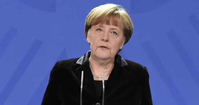Merkel'den Yunanistan yorumu
