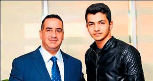 Mehmet Özkaya dereceyle döndü