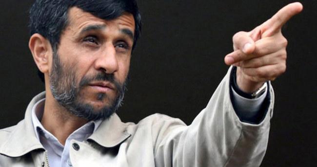 İran'da  Ahmedinejad geri dönüyor