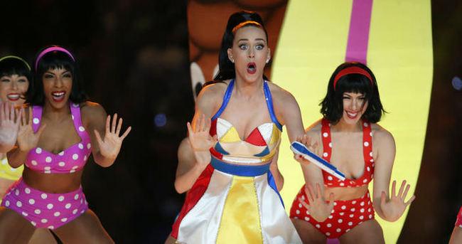 Katy Perry'den çoşturan performans