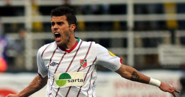 Juninho Adanaspor'un kapısından döndü