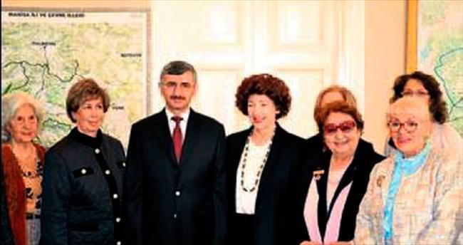 Dünya Kadınlar Konseyi İzmir'de