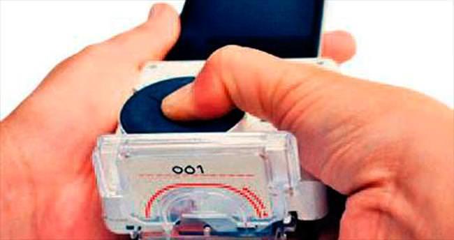 Telefona bağlanan AIDS detektörü