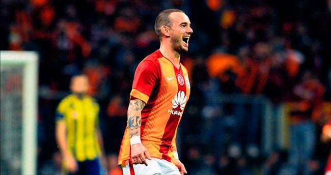 Wesley Sneijder 10'un izinde