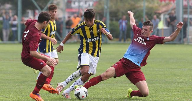Gençlerin derbisinde Fenerbahçe güldü