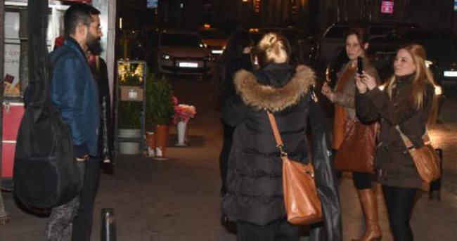 Gökhan Türkmen eşi ile İstanbul gecelerinde
