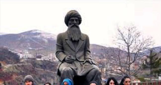 PKK'nın kaçırdığı oğlunu istedi