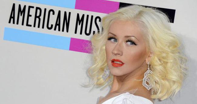 NBA All-Star maçının açılışını Aguilera yapacak