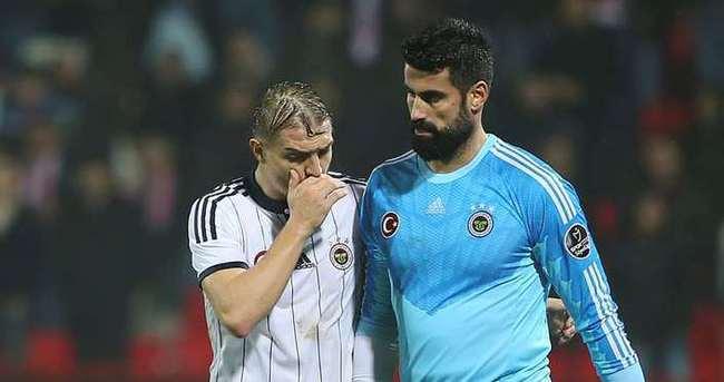 Fenerbahçe'de Caner ve Volkan şoku