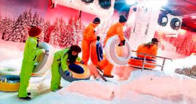 Kepezli sporculara Kar Dünyası morali