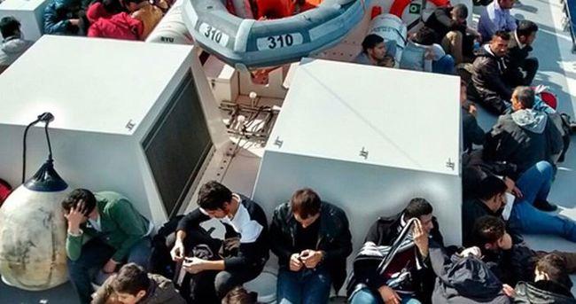 Akdeniz'de kaçak teknesi battı: 29 ölü
