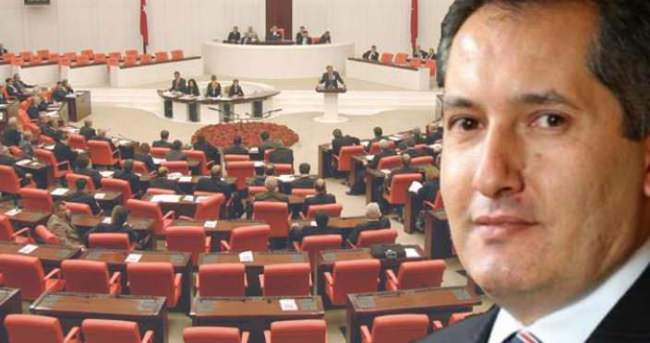 Başbakanlık'ta bir seçim istifası daha