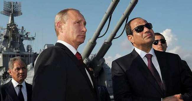 Sisi: Putin'in ziyareti destek