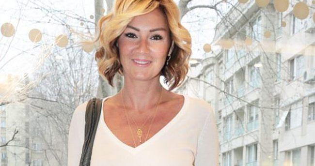 Pınar Altuğ'a tatil yaradı
