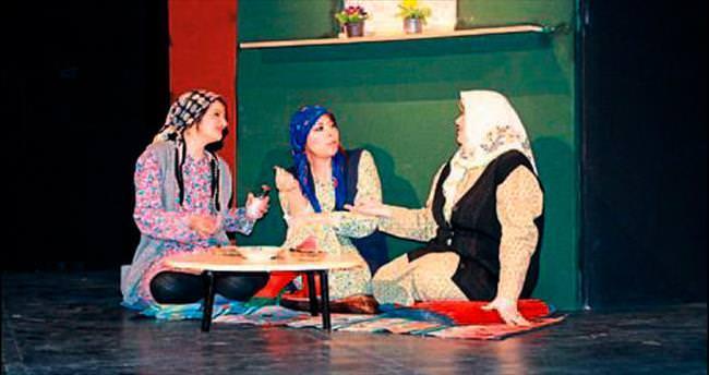 Mali müşavirlerin tiyatro deneyimi