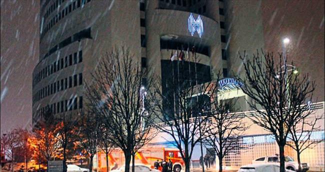 Halkbank ve Koç Kuleleri'nde yangın