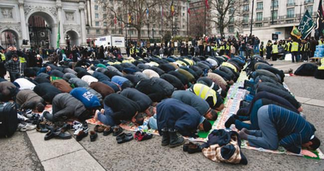 Müslümanların sayısı iki kat arttı