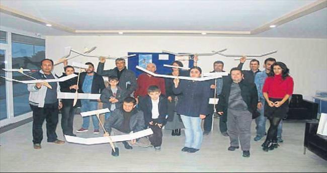 Öğretmenler için model uçak kursu