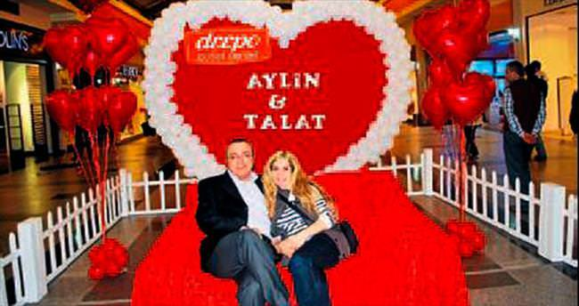 Romantik çiftler 'Sevgi Koltuğu'nda