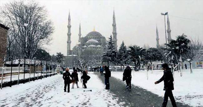 İstanbul'da 3 gün kar var