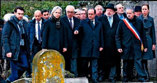 Hollande'dan tahrip edilen Yahudi mezarlığına ziyaret