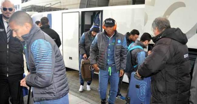 Napoli kafilesi Trabzon'a geldi